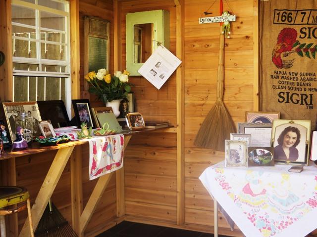 Celebration of life party ideas: memory room